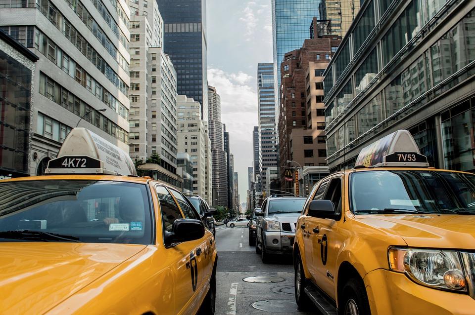 Faire appel à un taxi privé pour vos déplacements professionnels ?