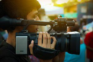 Cameraman pour filmer des mariages